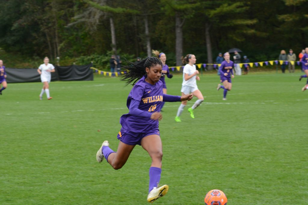 Sydney Jones '21 scored her ninth goal this season, helping the Ephs take the lead in the 81st minute. Photo courtesy of SPORTS INFORMATION.