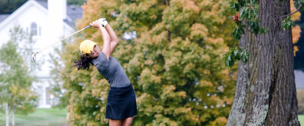 Cordelia Chan '19 shot a total of 155 in the Williams Fall Invitational, placing eighth individually. Photo Courtesy of Sports Information.