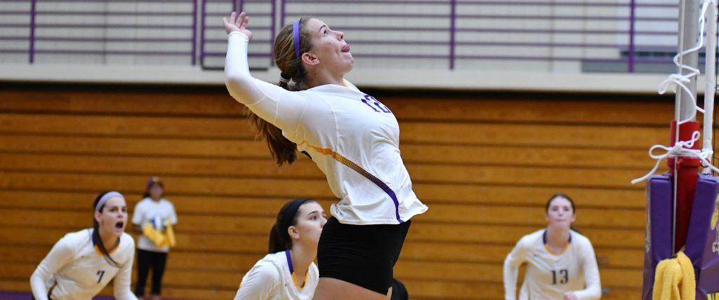 Tri-captain Mia Weinland '19 led the Ephs with 12 kills against Springfield and was named to the All-Tournament team. Photo Courtesy of Sports Information.