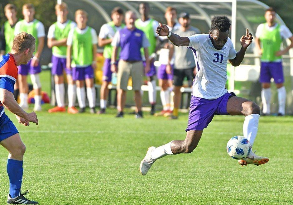 Justin Adams '22 played aggressively, with two shots in the Ephs 1-2 loss in the NCAA first round. Photo Courtesy of Sports Information.