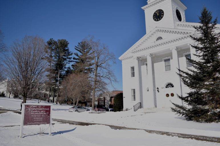 First Congregational Church spearheads immigrant activism