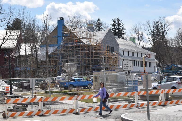 The Williams Inn will be completed this summer after lengthy collaboration between College officials and town representatives. SABRINE BRISMEUR/PHOTO EDITOR