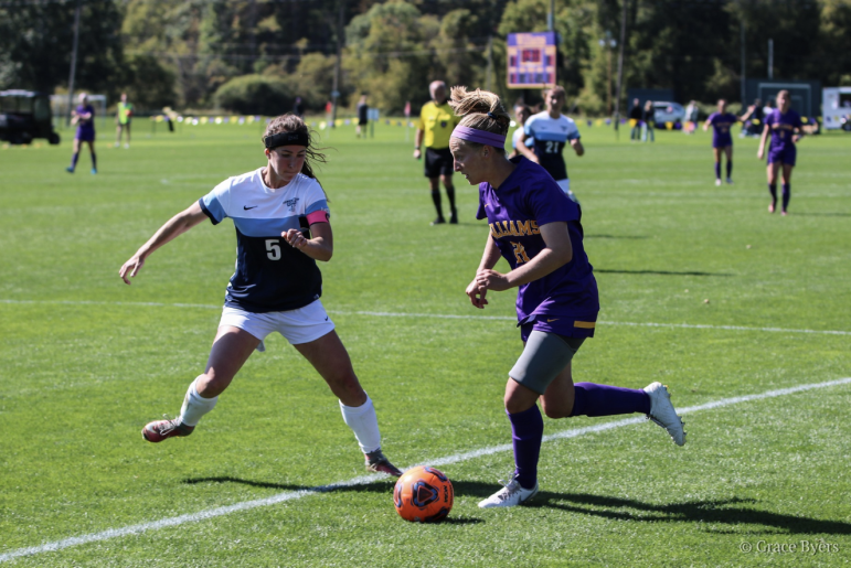 Forward Rain Condie '22 scored the only goal of Saturday's game against Colby, securing the team's third-consecutive conference win. Grace Byers/Sports Information.
