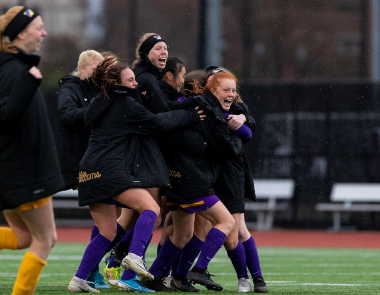 The two-time reigning national champion Ephs broke MIT's 15-game winning streak on Sunday. (Photo Courtesy of Sports Information.)