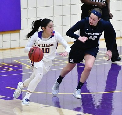 Women's basketball joined forces with several organizations on campus to shed light on the spike in sexual assault cases over Winter Study. (Photo courtesy of Sports Information.)