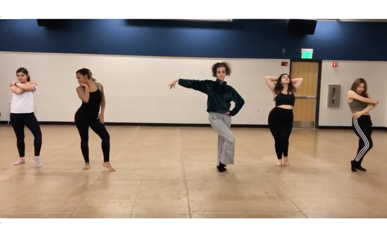 First-years start all-inclusive dance group Williams Burlesque Club