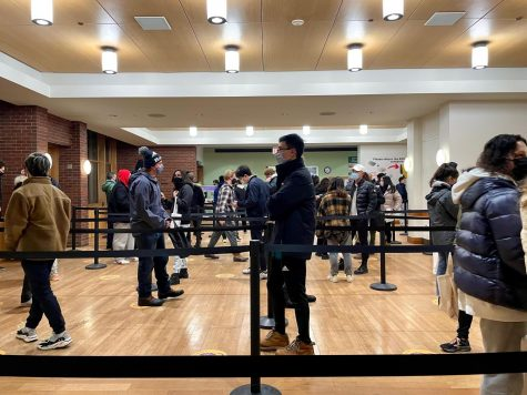 Students returning to campus experienced a slightly different transition from that in the fall, including the ability to retrieve meals from the dining hall during in-room quarantine. (Sam Riley/The Williams Record)