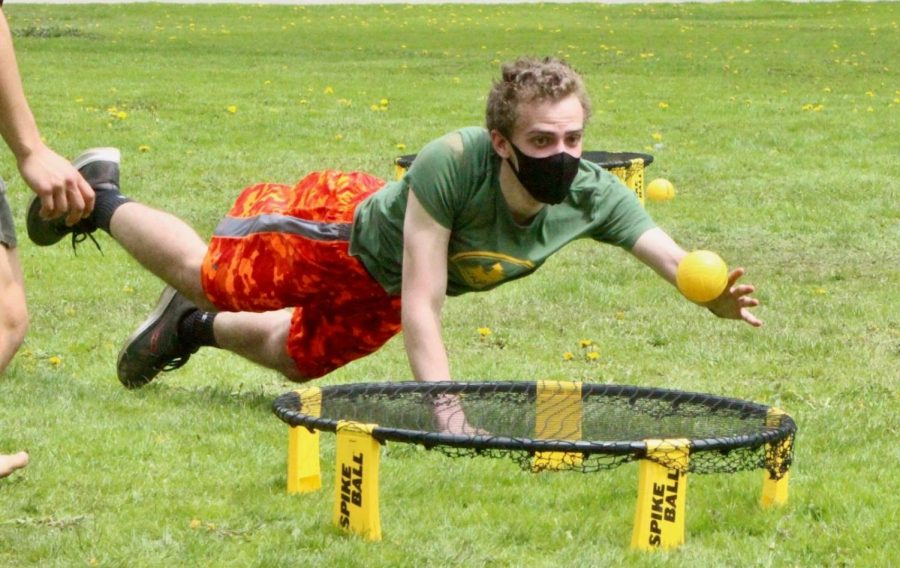 A search for the soul of Spikeball: Why the game is such a hit on campus