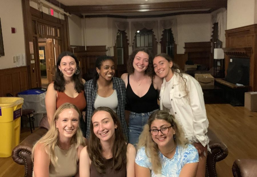 Six first-years and one senior, all named Sasha, came together to form the unofficial Sasha Student Union. (Photo courtesy of Jack Simon.)