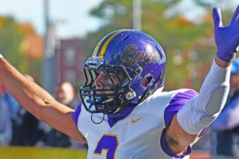 Football continued its undefeated start to the season with a resounding victory away at Bowdoin. (Photo courtesy of Sports Information.)