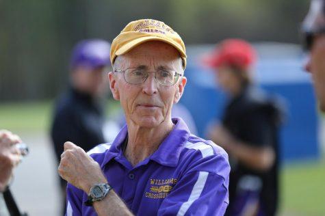 Coach's Corner: Pete Farwell '73, cross country